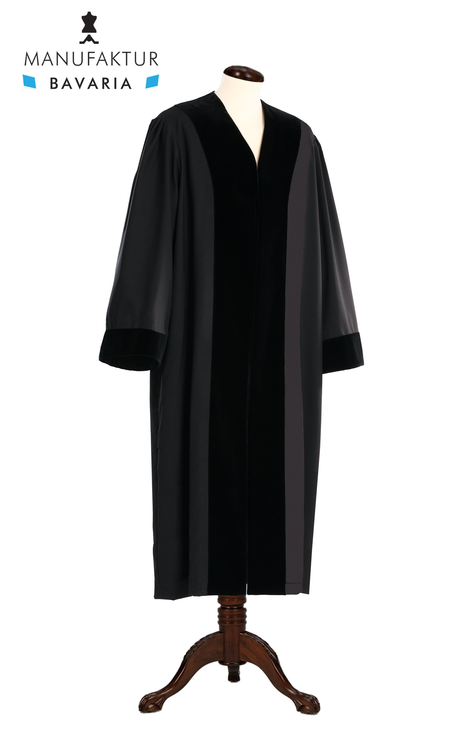 Amtsanwaltsrobe royal regalia